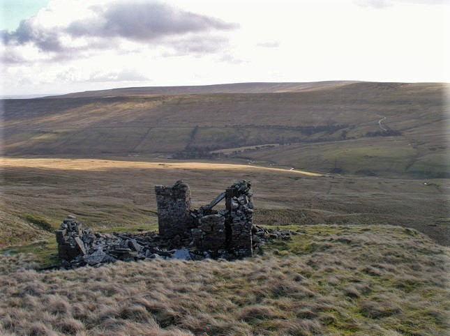 The ruins of Cockran's Cabin, encountered on the climb from Swinhope Bridge