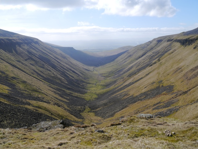 The valley of High Cup Gill with the flanks of Murton Fell to the left