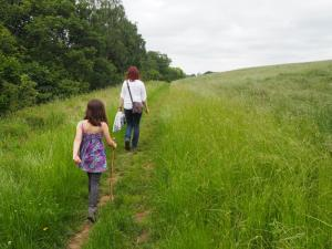 Following the field path back to Egglestone Abbey
