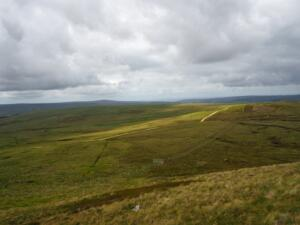 Looking back down to the open gate as I made my way back to the Pennine Way from Long Man Hill