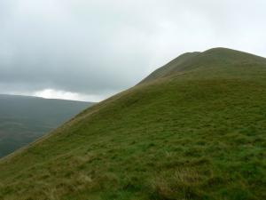 The other side of the top of Dufton Pike
