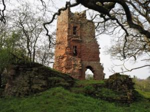 Another view of the ruin of Kirkoswald Castle