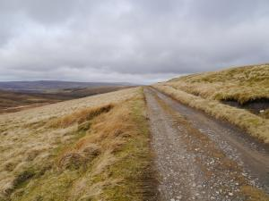 The Pennine Way below Long Man Hill