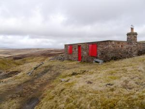 The shooting hut above Cash Burn